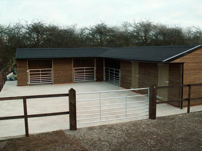 Fixed Corner Field Shelters with Gates and Tack rooms - stable block