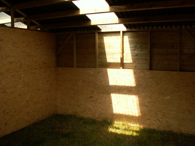mobile stable from inside with clear onduline roof light